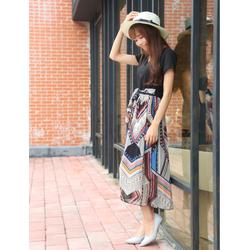 Đầm nữ kiểu dáng trẻ trung, in họa tiết nổi bật, phong cách Hàn Quốc