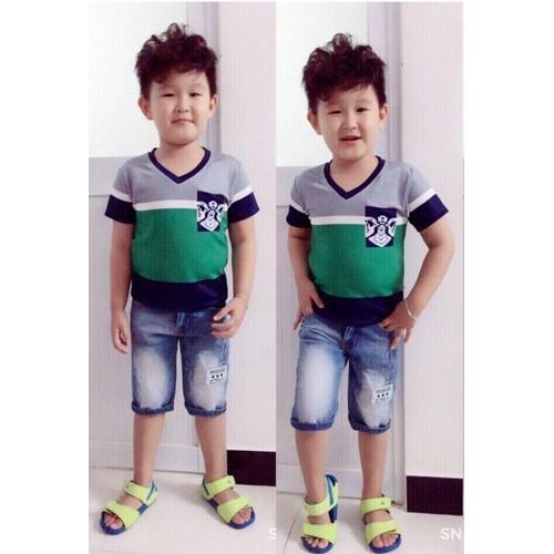 Bộ áo thun cổ tim quần jean phong cách Hàn Quốc size lớn - 4075826 , 4167985 , 15_4167985 , 215000 , Bo-ao-thun-co-tim-quan-jean-phong-cach-Han-Quoc-size-lon-15_4167985 , sendo.vn , Bộ áo thun cổ tim quần jean phong cách Hàn Quốc size lớn