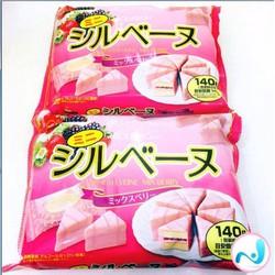 Bánh bông lan dâu Bourbon - hàng xách tay Nhật Bản