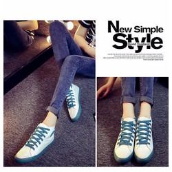 Giày cổ cao trắng
