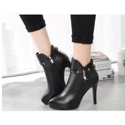 Giày boot nữ phong cách cá tính B059