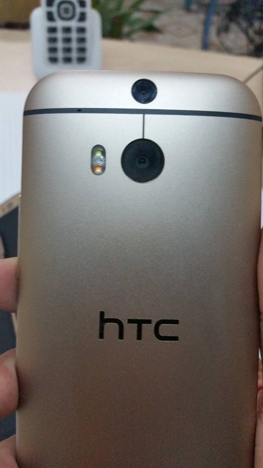 HTC ONE M8 GOLD BÁN HCM ZIN NEW NHƯ MỚI,BỘ NHỚ 32GB,BH 6 THÁNG 5