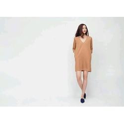 Đầm suông đơn giản
