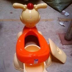 Bô ngồi vệ sinh cho bé có phát nhạc