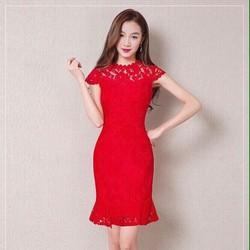 Đầm ren đỏ đuôi cá