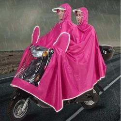 Áo mưa có kính che mặt và khẩu trang chống nước