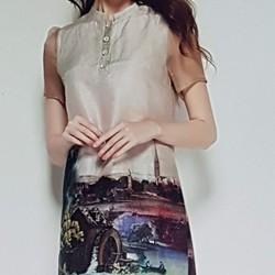 Đầm nữ kiểu dáng điệu đà, phong cách nữ tính.