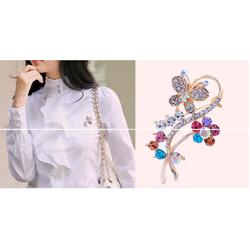 ctx_ca19_cài áo hoa bướm gắn đá màu kiểu Hàn Quốc điệu đà