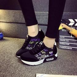 Giày Sneaker nữ họa tiết sành điệu - LN609