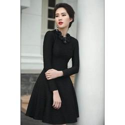 Váy vân Thu Thảo