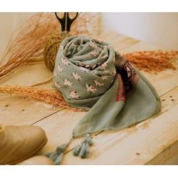Khăn choàng nữ kèm họa tiết - Nâu nhạt - KC01