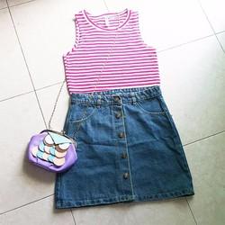 Chân váy jeans chữ A đính nút