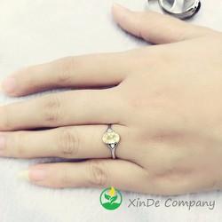 Nhẫn đá thủy tinh vàng