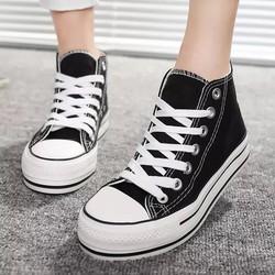 Giầy sneaker cao cổ ngôi sao