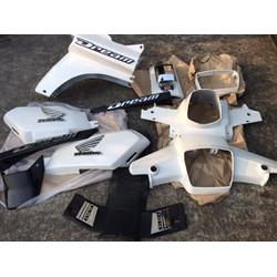 Dàn áo xe Dream II màu trắng