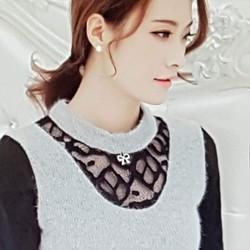 Áo len nữ mùa thu cá tính, kiểu dáng sang trọng.