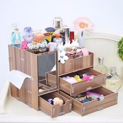 Tủ gỗ đựng đồ trang điểm nhỏ gọn