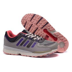 Giày thể thao kiểu đế chống trơn mới nhất hiện nay