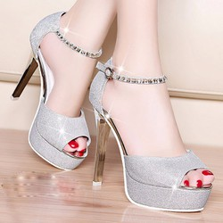 Giày cao gót đính kim tuyến GD536