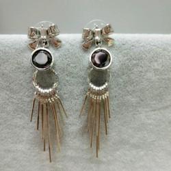 Bông tai nữ phong cách Hàn Quốc