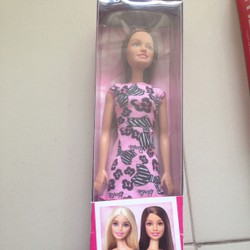 Barbie duyên dáng