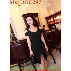 Đầm ôm đen khoét vai và xẻ trước sành điệu thời trang DOC297