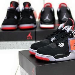 Giầy Jordan 4