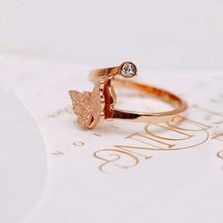 Nhẫn ti-tan bướm phun cát vàng hồng 14k - TN109