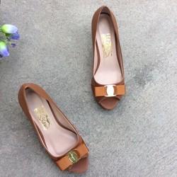 Giày cao gót hở mũi đính nơ 5p