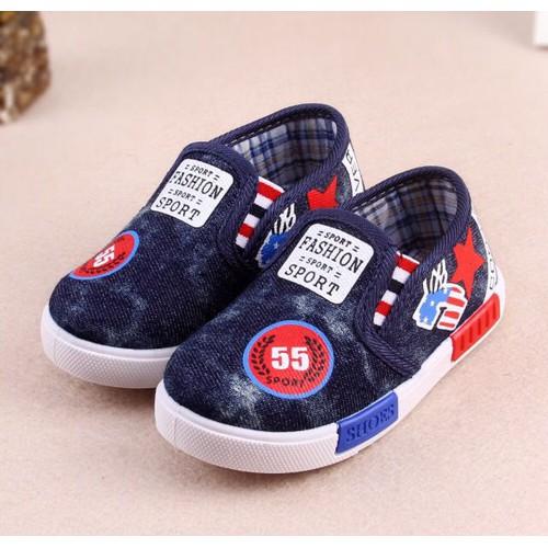 Giày slip on cho bé GB05