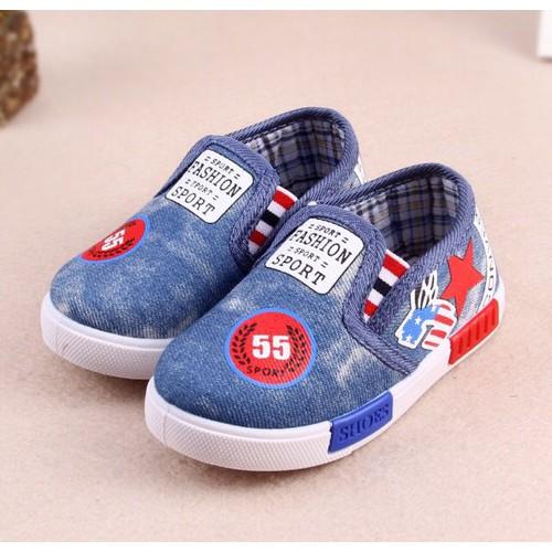 Giày slip on cho bé GB04