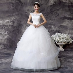 Váy cưới công chúa, có vai ren, dây nơ ở eo
