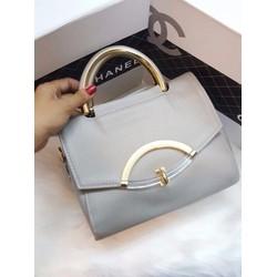 Túi xách tay khoá hình cung - G01262