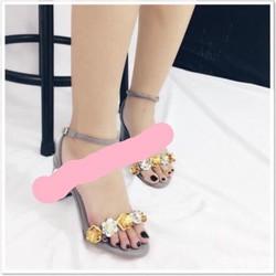giày gót vuông đính nơ