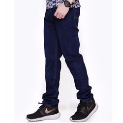 Quần Jean nam phong cách đơn giản