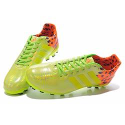 Giày bóng đá chính hãng HOT HOT