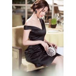 Đầm trễ vai đen Ngọc Trinh thiết kế váy chữ A sang trọng M31028