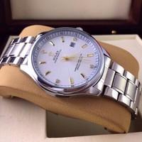 Đồng hồ kim cao cấp RL861