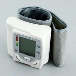 Máy đo huyết áp cổ tay CK-101s