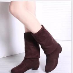 Giày boot 3 phân da lộn cổ ngang gối có màu đen