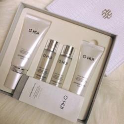 Ohui Extreme White Peeling Special Set bốn sản phẩm
