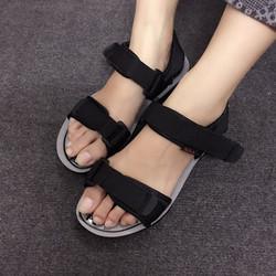 Giày sandals dù nữ màu đen SDQN60