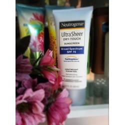 Kem chống nắng Neutrogena Ultra Sheer Dry Touch Sunscreen SPF70
