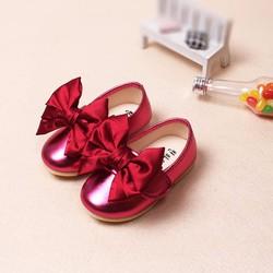 Giày tập đi nơ đỏ sanh chảnh