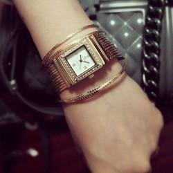 Đồng hồ nữ cao cấp chính hãng, sang trọng
