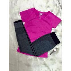Bộ quần áo thể thao màu hồng