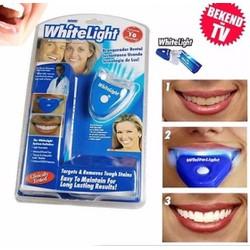 Dụng cụ làm trắng răng WHITE LIGHT