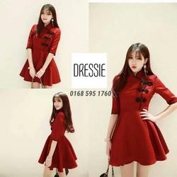Đầm xòe đỏ xinh xắn, độc lạ