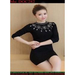 Đầm body len nữ tay dài đính hạt hình hoa tuyết sành điệu DOC282