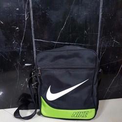 Túi đeo chéo chữ nhật